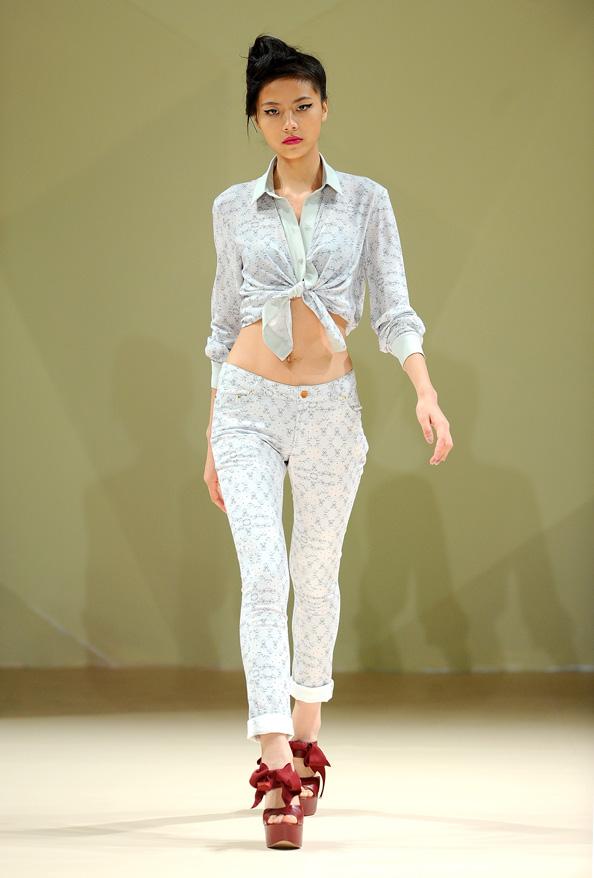 Asudari Runway Fashion Forward Dubai October 2014 Emirates Woman