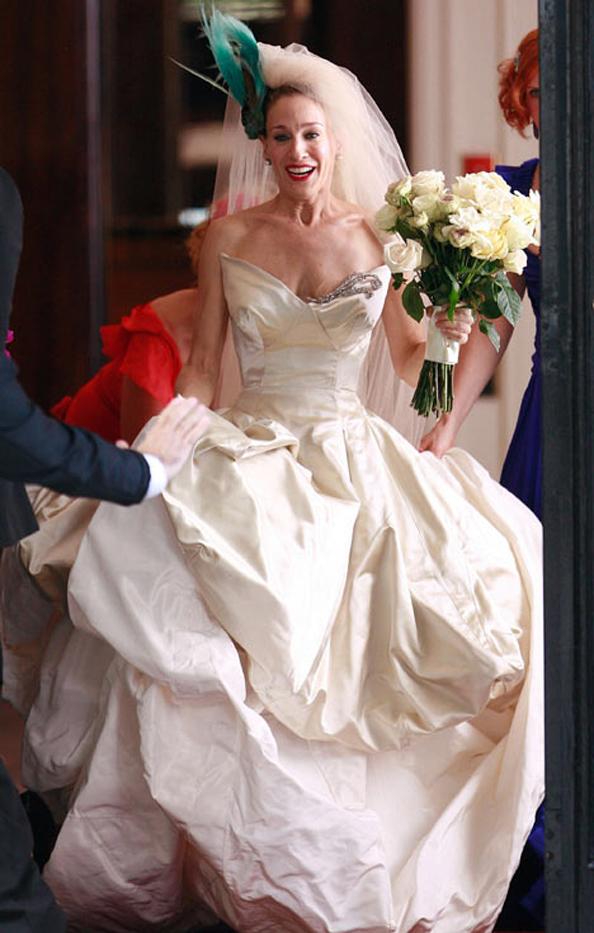 Happy birthday sarah jessica parker sjp turns 50 for Sarah jessica parker wedding dress