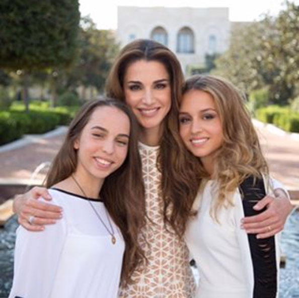 Queen Rania Shares Her Family Album – Emirates Woman
