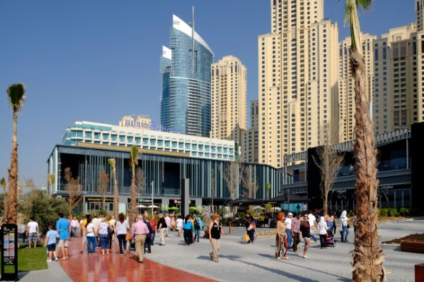 D Exhibition Jbr : Free things to do in dubai emirates woman
