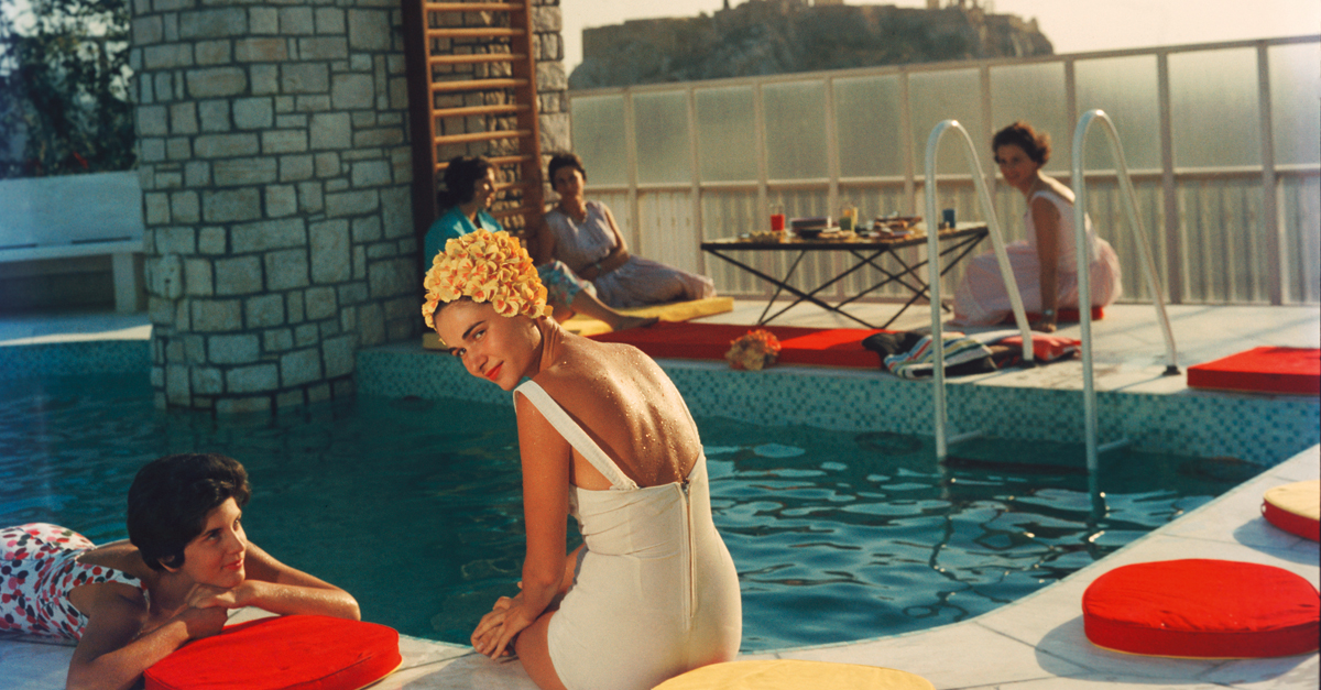 A classic moment by the pool with photographer Slim Aarons