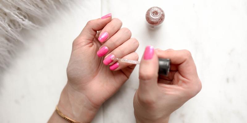 nails-header