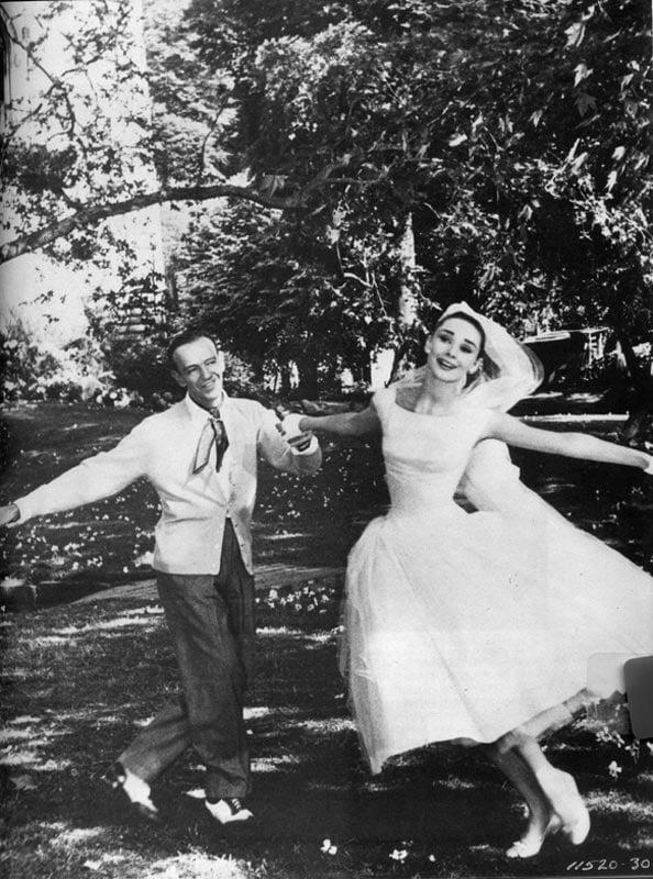 aaaa.audrey-hepburn-funny-face-wedding-dress-4