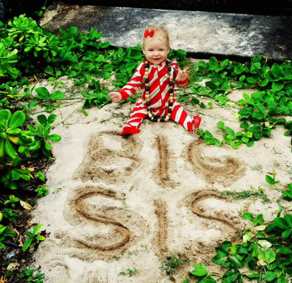 Jessica Simpson baby Maxwell
