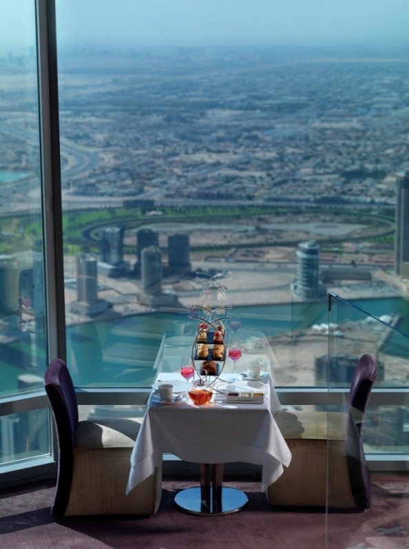 At Mosphere Valentine S Restaurant Review Emirates Woman