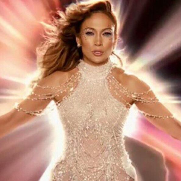 Jennifer Lopez in a Yousef Al-Jasmi creation