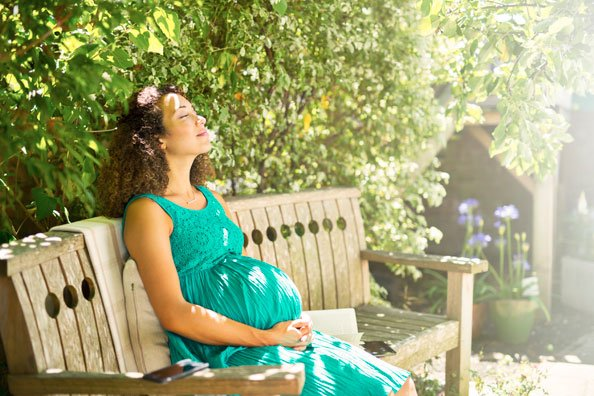 Know Your Rights: Maternity Law In The UAE