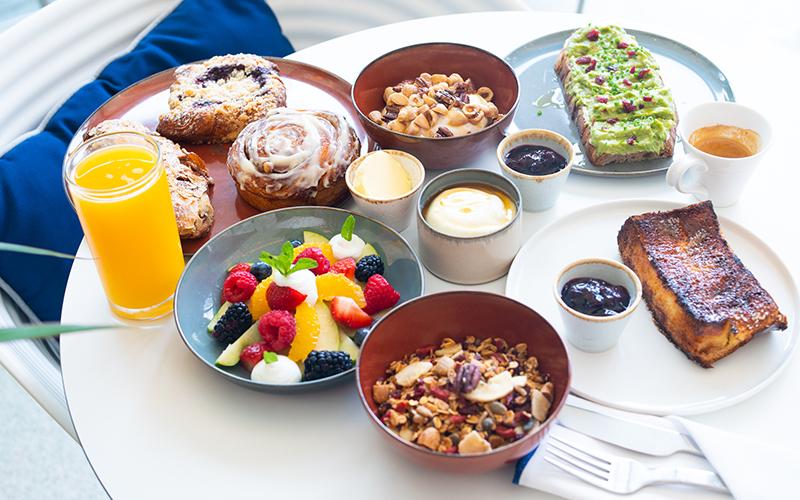 breakfast dubai weekend
