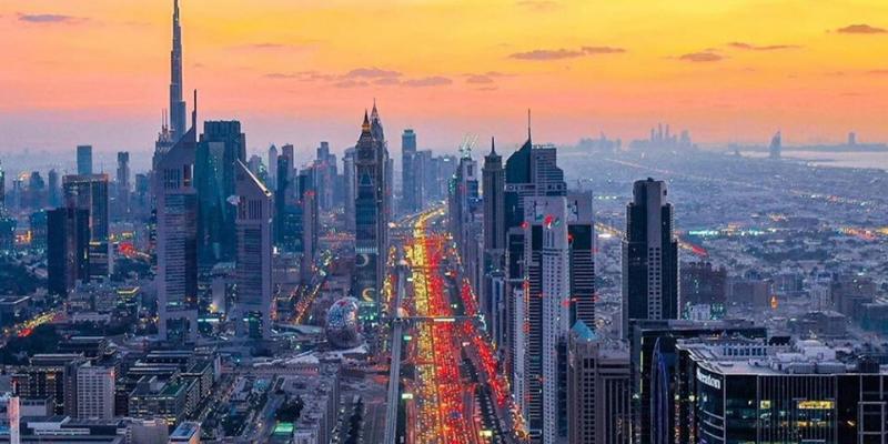 Dubai skyline coronavirus shutdown