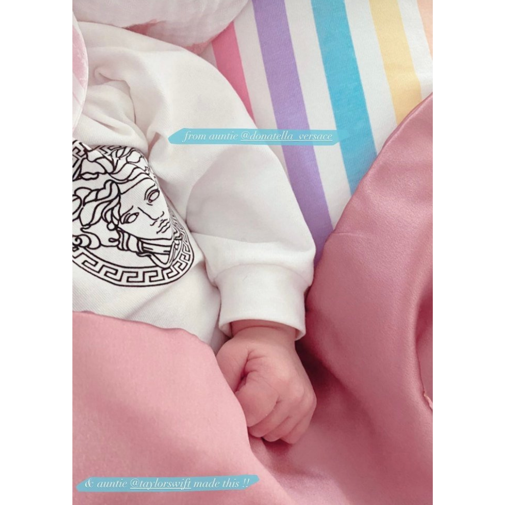 Gigi Hadid has shared a new photo of her newborn daughter ...