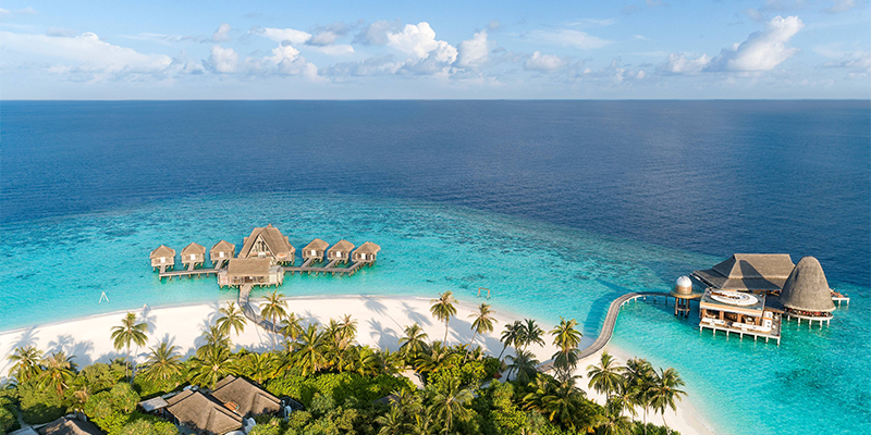 hotel offers maldives