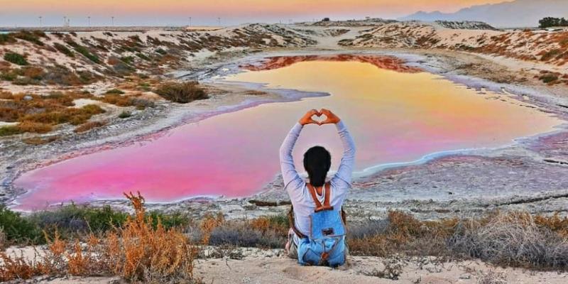 UAE pink lake