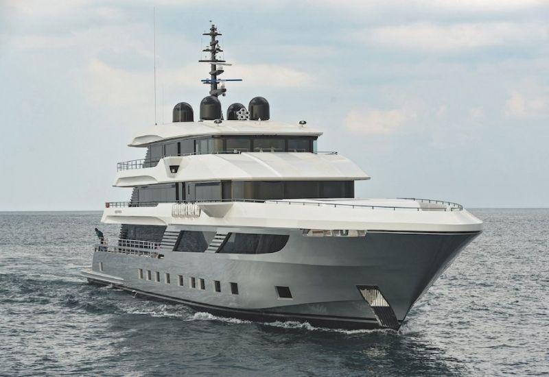 Majesty Yacht